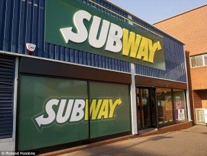 Subway-removes-ham-and-bacon-from-nearly-200-stores-and-offers-halal-meat-only-after-strong-demand-from-Muslims-600x452